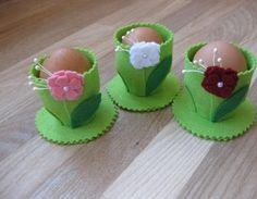 Keçeden Çiçekli Yumurtalık Yapımı   Hobi Fikirleri Yaratıcı El İşi Örnekleri