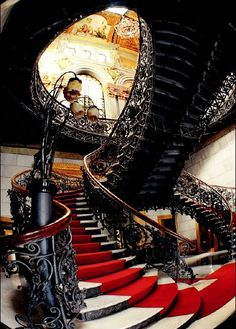 Art nouveau staircase stairs to stare at ле�тница, �таринна� Architecture Unique, Interior Architecture, Interior And Exterior, Cosy Interior, Stairs Architecture, Beautiful Stairs, Beautiful Buildings, Beautiful Boys, Grand Staircase