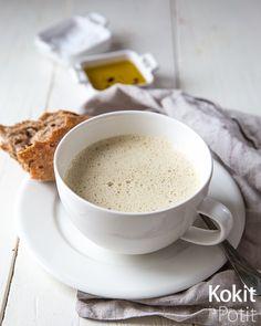 Juustoinen suppilovahverokeitto - Kokit ja Potit Soup Recipes, Tableware, Kitchen, Foods, Food Food, Dinnerware, Cooking, Food Items, Tablewares