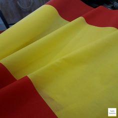 ¡Arranca el mundial! Animemos a nuestra selección. Tela de bandera española sólo 5,99€/mtr  #mundial #SeleccionEspanola #banderaespaña