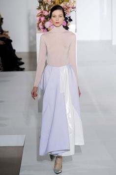 lilac + PVC. If I can wear these colors in the fall, it's my new favorite season.   Défilé Jil Sander Automne-hiver 2012-2013
