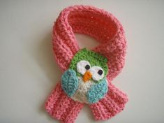 This Owl Scarfette is oh so cute and very comfortable to wear. One end of the scarf fits snugly behind owl, holding scarfette in place. No buttons. Crochet Owls, Bead Crochet, Crochet Crafts, Yarn Crafts, Crochet Stitches, Crochet Projects, Crochet Patterns, Owl Scarf, Crochet Scarves
