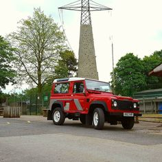 Land rover in pride place #landrover #defender #red #walsby  #summer #2016 #hatersage #peakdistrict #peaks #barbor #walks #love #sun #saturdaychill #tumblr #l4l #trip #daysout #visityorkshire  #pics #samsungs6edge #samsung #nofilter #fitness #rab #petzl #outdoors #socialsheffield #outdoors #landroverdefender by lukeyyyy_1996 Land rover in pride place #landrover #defender #red #walsby  #summer #2016 #hatersage #peakdistrict #peaks #barbor #walks #love #sun #saturdaychill #tumblr #l4l #trip…
