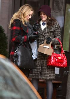 Leighton Meester Photos Photos  Leighton Meester And Blake Lively On The Set  Of  Gossip Girl  e733e7c7f691c