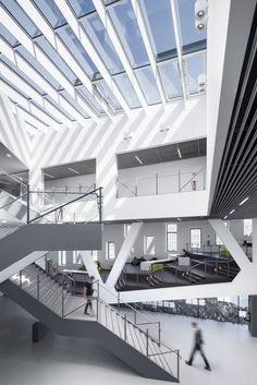 Galeria - Campus Universitário de Osnabrück / Benthem Crouwel Architects - 14
