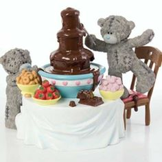Me to You Figurine - Chocolate Heaven - Limited Edition