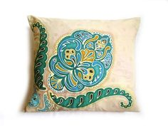 Moroccan Sand - Hand painted batik pillow, oriental floral motif for living room and bedroom, turquoise, emerald, blue and beige color Cushion Inspiration, Beautiful Gifts, Beige Color, Floral Motif, Oriental, Bedroom Turquoise, Emerald Blue, Hand Painted, Etsy Shop