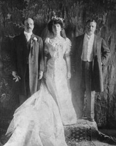 Alice Lee Roosevelt Wedding Photo— Feb. 17, 1906-TR to the Right.