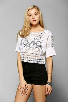 Kimchi Blue Rosita Lace Cropped Top #urbanoutfitters