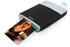 This Polaroid printer prints photos straight from your smartphone (via Bluetooth)!