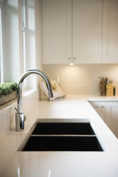 If you have space for a double bowl sink in the kitchen it is so convenient. You can wash in one and dry in the other. Kitchen Colors, Kitchen Design, Double Bowl Sink, Apron Sink, Rustic Kitchen Decor, Undermount Sink, Cozy Room, Kitchen Trends, Houzz