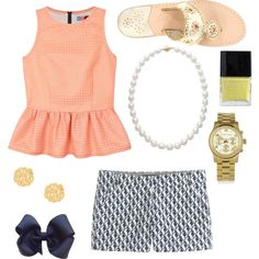 The perfect summer look. Could pair with long white pants for a dressier look
