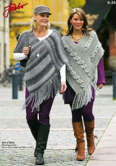 Poncho from CCC - poncho with moss stitch with a pocket on front. Poncho Pattern: Chain the chains with a slip SC, increase on every Poncho Shawl, Knitted Poncho, Knitted Shawls, Crochet Shawl, Free Crochet, Crochet Pattern, Free Pattern, Garter Stitch, Loom Knitting