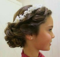 Flower Girl Hairstyles flower girl hairstyles popsugar moms Find This Pin And More On Little Hair Dos By Ba5571