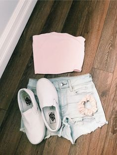 P ➫ @ FOREVEREE Teen Outfits, Cute Summer Outfits For Teens, Cute Summer Outfits Tumblr, School Outfits, Spring Outfits, Cute Outfits, Average Girl, Tube Tops, Ootds