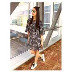 Mumbai, Street Look, Bollywood Actors, Celebs, Celebrities, Indian Actresses, Celebrity Style, Wrap Dress, Dresses For Work