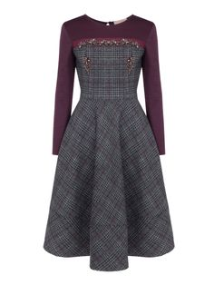 Antrasit Briyolet Taş İşlemeli Straples Efektli Jarse Garnili Kloş Tweed Elbise