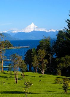 Rupanco lake in Backpacking South America, South America Travel, Cool Landscapes, Beautiful Places To Visit, Vacation Spots, Travel Pictures, National Parks, Scenery, Around The Worlds