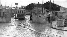 Το αμαξοστάσιο του Ντεπώ, που έδωσε το όνομά του σ' όλη την περιοχή, έργο του Αρριγκόνι, κατασκευάστηκε το 1895 για να φιλοξενήσει την απ...