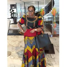 This Rich Sugar Mummy Do you want to make as much as 400 thousand Naira a month for being a lover? Do you know there are guys out there African Dresses For Women, African Attire, African Wear, African Fashion Dresses, African Women, African Inspired Fashion, African Print Fashion, African Prints, African Print Skirt