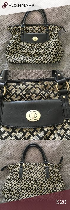 """Like new Tommy Hilfiger  hand bag Like new hand bag with top zipper & front pocket.  16"""" wide 9"""" tall. Excellent condition. No stains, rips, or tears. Tommy Hilfiger Bags Satchels"""