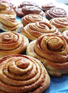 Lo scorso anno la mia amica Irene  di Livorno (vi consiglio di visitare il suo blog di cucina svedese) mi ha portato dalla Svezia dei rotol...