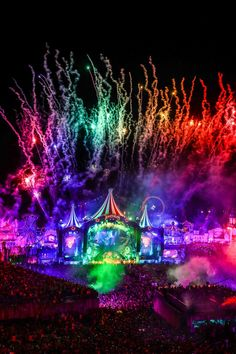 Tomorrow Land, Edm Music, Dance Music, Lollapalooza, Boxing Day, Tomorrowland Festival, Festivals, Festival Photography, Best Dj