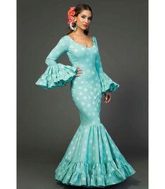 trajes de flamenca 2018 - Aires de Feria - Trajes de flamenca Relente lunares Anniversary Dress, Casual Dresses For Women, Formal Dresses, Muumuu, Spanish Fashion, The Dress, Dress To Impress, Womens Fashion, Chelsea