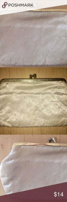 Vtg Kisslock Closure Clutch Purse Vintage Kisslock Closure Clutch Purse -White-Cream-Ivory Color Swirl / Spiral / Sparkle Pattern Smoke free home. Minor discolorations as shown in photos. Please see photos for details.  Bundle this listing for a private offer. :) Bags Clutches & Wristlets