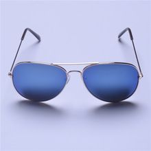 http://womensclothingdeals.com/products/oculos-de-sol-feminino-men-general-sunglasses-women-classic-fashion-retro-material-benefits-free-postage/     Tag a friend who would love this! For US $1.33    FREE Shipping Worldwide     Get it here ---> http://womensclothingdeals.com/products/oculos-de-sol-feminino-men-general-sunglasses-women-classic-fashion-retro-material-benefits-free-postage/