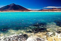 La laguna verde (Copiapo, Chile) parece un lugar irreal, fuera de este planeta.