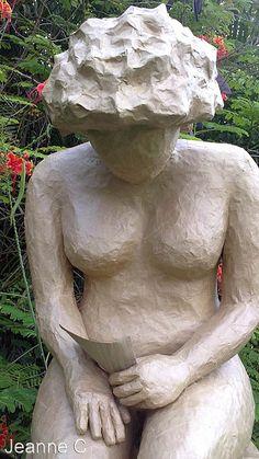 Sculpture femme nue