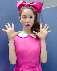 . 160308 C-DIARY Fancafe Update . #CLC #CLCYUJIN #yujin #choiyujin #YujinCLC #최유진 #유진 #kpop #sorn #seungyeon #seunghee #yeeeun #yoojin #korean #cute  #kpopstagram #씨엘씨 #cube #ELKIE #CLCElkie #ChongTingYan #ElkieChong #CLCREFRESHCOMEBACK #예뻐지게
