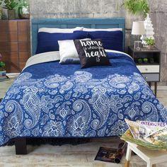 Tonala Blue Light Comforter