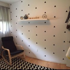 50 Triangle Stickers Triangle Wall Decals Golden by CutOutArts Baby Boy Room Decor, Baby Boy Rooms, Nursery Wall Decals, Vinyl Decals, Nursery Decor, Small Room Bedroom, Kids Bedroom, Wall Stickers Triangles, Geometric Removable Wallpaper
