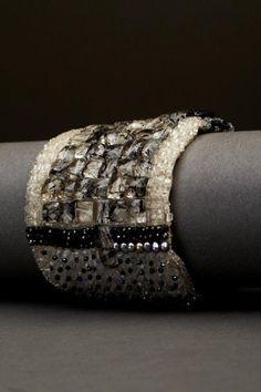 Найдено на сайте andreagutierrezjewelry.com.
