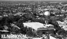 """La popular """"Bolita del gas"""", es el tanque que suple el gasoducto de Maracaibo, ubicada en el Sector Veritas. Maracaibo, 23-03-1963 (ARCHIVO EL NACIONAL)"""