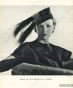 Création de Lucienne, Caroline Reboux 1934 Hat black feather, Photo Georges Saad