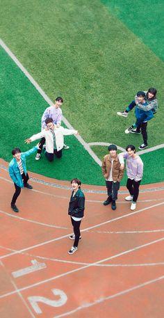 K Pop, Kids Wallpaper, Lee Know, K Idols, Korean Boy Bands, My Sunshine, Mixtape, Cute Wallpapers, Baby Photos