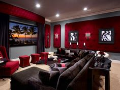 Beautiful media room home theater decor Beautiful media room home theater decor, Red velvet home movie theater, black and red living room decor, tv too, media room decor – Heimkino Systemdienste