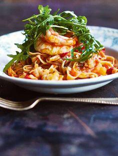 Healthy food near me apply today Thai Prawn Recipes, Linguine Recipes, Seafood Recipes, Pasta Recipes, Fish Recipes, Healthy Meal Prep, Healthy Salad Recipes, Vegetarian Recipes