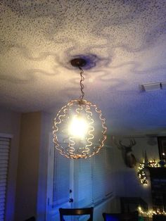 Made this from old couch springs! Metal Spring, Spring Steel, Recycling Ideas, Repurposing, Crafts To Sell, Diy Crafts, Bed Springs, Reduce Reuse Recycle, Pocket Money