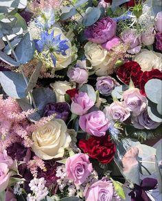 Wholesale Flowers Online, Bulk Flowers Online, Wholesale Florist, Diy Wedding, Wedding Events, Wedding Flowers, Flowers Direct, Fresh Flowers, Floral Wreath
