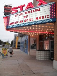 MEMPHIS ♥ This is a must see for Rock 'N Roll lovers. The story of the musicians in the '60's and early 70's is worth the price of admission. A self-guided tour.