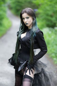 Model  MUA Elizabeth Photo: Dominik Lichota Photo & Vision mixer Welcome to Gothic and Amazing |www.gothicandamazing.com