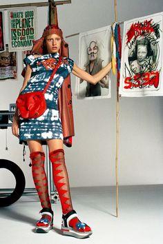 Vivienne Westwood Spring 2020 Ready-to-Wear Fashion Show - Vogue Grunge Style, Soft Grunge, Vivienne Westwood, Fast Fashion, High Fashion, Fashion Show, Fashion Design, Fashion Styles, Tokyo Street Fashion