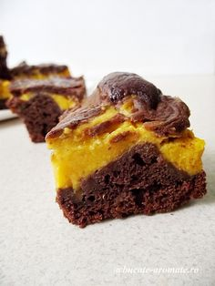 Beste Brownies, Romanian Desserts, Eat Dessert First, Something Sweet, Caramel, Bakery, Sweet Treats, Deserts, Food And Drink