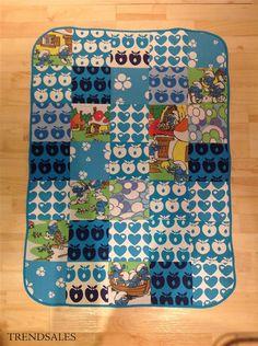 By Pomegranate Unika Smølfe Babytæppe i patchwork - patchworktæppe til baby m graziela og retro stof - str. 72x99 - Turkis, blå, grøn