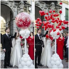 Alle Ballon… I love it. At my wedding I did something similar. All the balloons from the front desk were collected towards the end of the night and everyone stepped outside Trendy Wedding, Diy Wedding, Dream Wedding, Wedding Day, Indoor Wedding, Wedding Unique, Wedding Tips, Wedding Anniversary, Summer Wedding