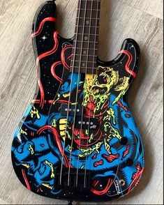 Guitar Painting, Guitar Art, Cool Guitar, Fender Bass Guitar, Heavy Metal Guitar, Fender Precision Bass, Bass Guitar Lessons, Paul Reed Smith, Les Paul Custom